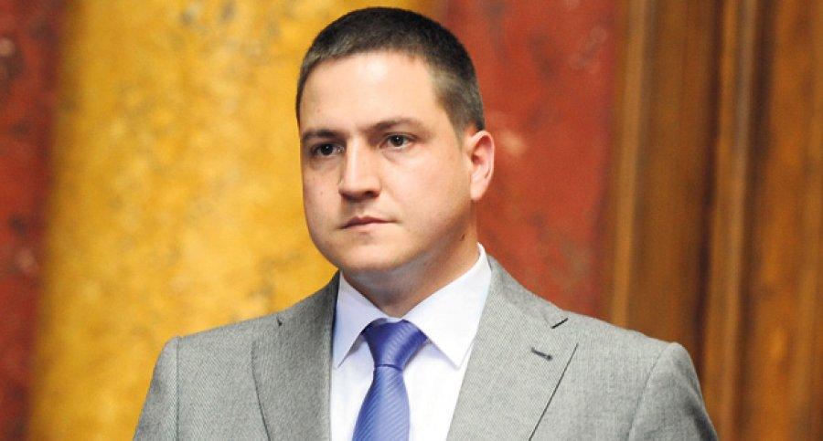Настављена расправа поводом Закона о запосленима у јавним службама